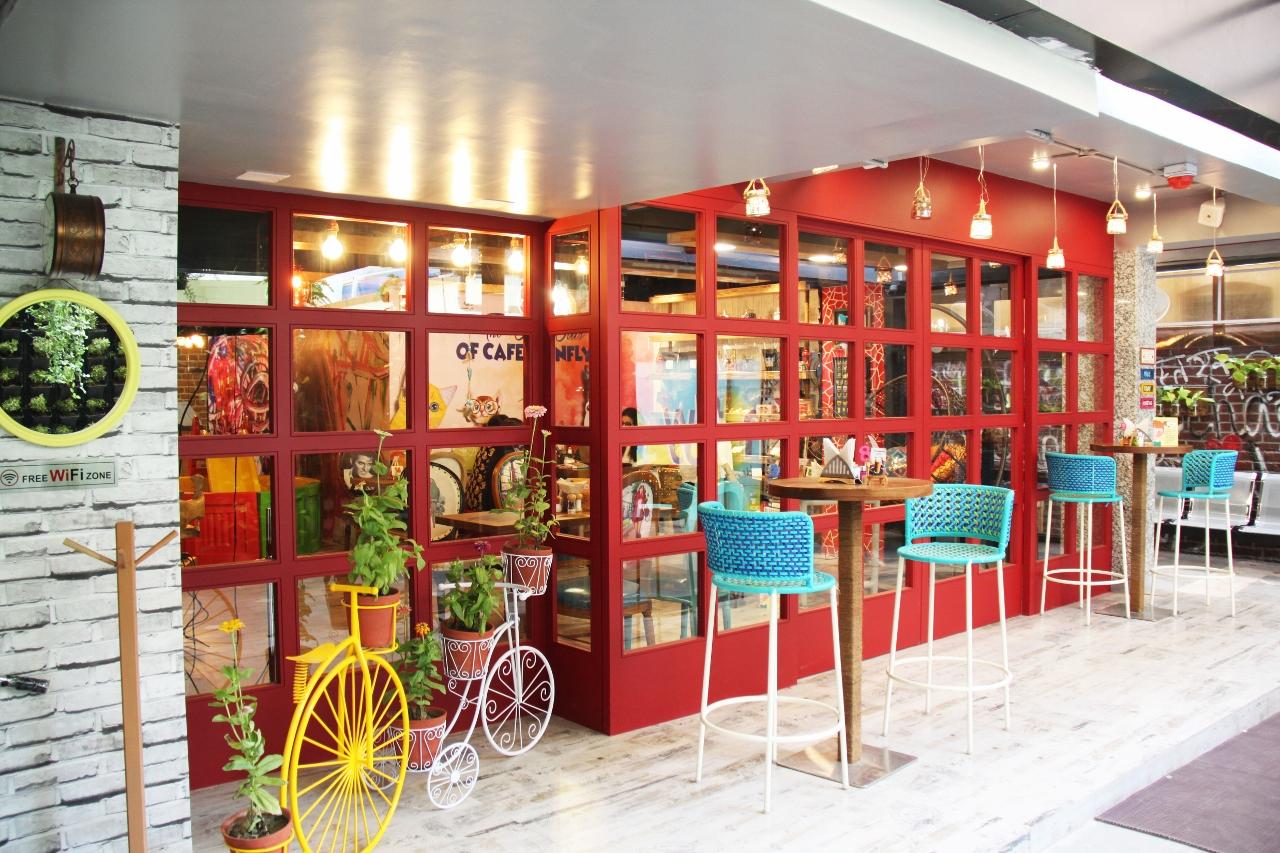 Cafe exterior 2